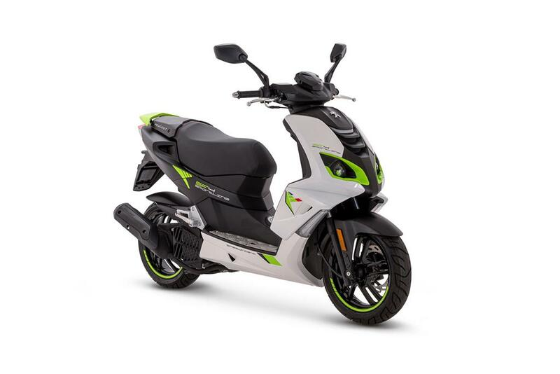 Peugeot Speedfight 4 • Icy White / Fluo Green